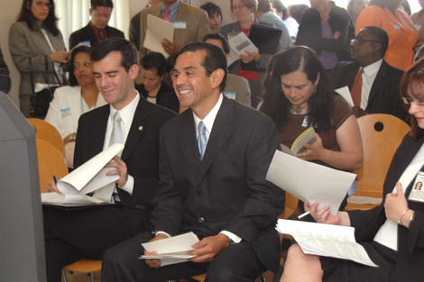 Eric Garcetti and Antonio Villaregosa