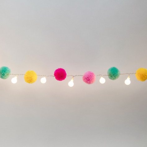Pompom light chain