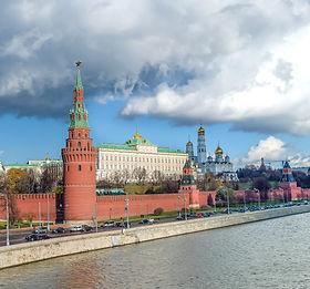 Авторский проект гастрономических путеводителей Ники Ганич - География на вкус (на фото: Москва, Кремль)