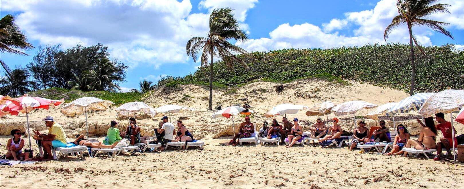 Cuba Havana Beach relax.jpg