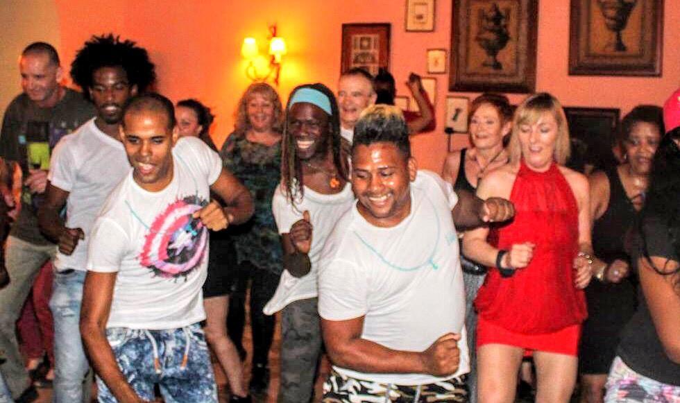Cuba Havana Group dance.jpg