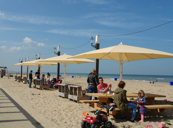 Parasol_Géant_Bahama_Jumbrella_Protection_Maritime_V4A_Restaurant