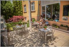 chaise Ibiza - Table Quartz - Vondom - restaurant - 03