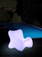 Lampe - vondom - agencement - O Grands Bains - salon de jardin lumineux