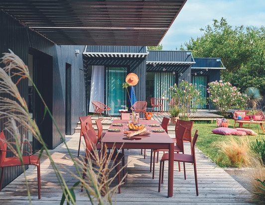 CADIZ_RIBAMBELLE_OCRE_ROUGEOCEAN_LOVERS - Terrasse Fermob - O Grands Bains