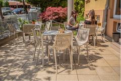 chaise Ibiza - Table Quartz - Vondom - restaurant - 01