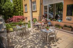 chaise Ibiza - Table Quartz - Vondom - restaurant - 02