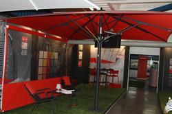 Parasol Géant Jumbrella - 5x5m - Options - Joues - Radiant - Wifi - TV - Éclairage Indirect - USB -