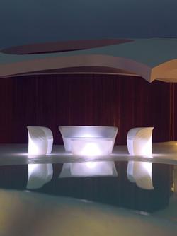 Éclairage - Vondom - agencement - O Grands Bains - salons lumineux