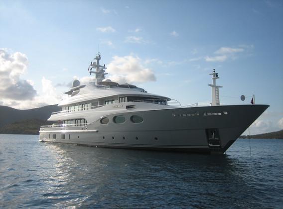 Parasol_Géant_Bahama_Jumbrella_Protection_Maritime_V4A_Yacht_02