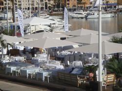 Parasol Géant Jumbrella 5x5m - Protection Maritime - V4A - Restaurant Plage
