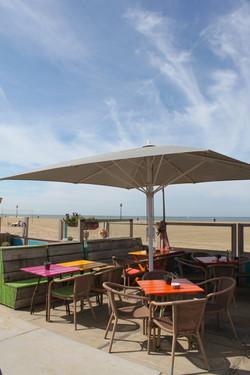Parasol Géant Jumbrella 6x4m - Protection Maritime - Restaurant_plage