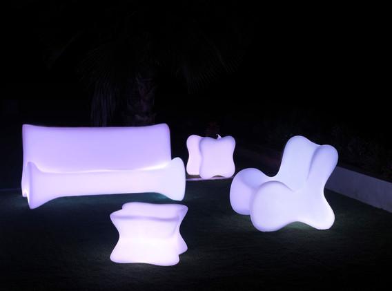 Lumière - Vondom - LED RGB - salon de jadin - Doux