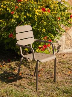 Alicante_armchair_2153-103-ACT_web.jpg