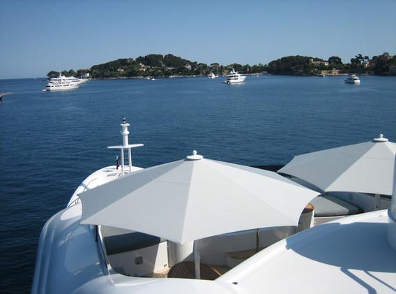 Parasol_Géant_Bahama_Jumbrella_Protection_Maritime_V4A_Yacht_05