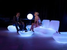 Éclairage - Vondom - agencement - O Grands Bains - salons lumineux - 2