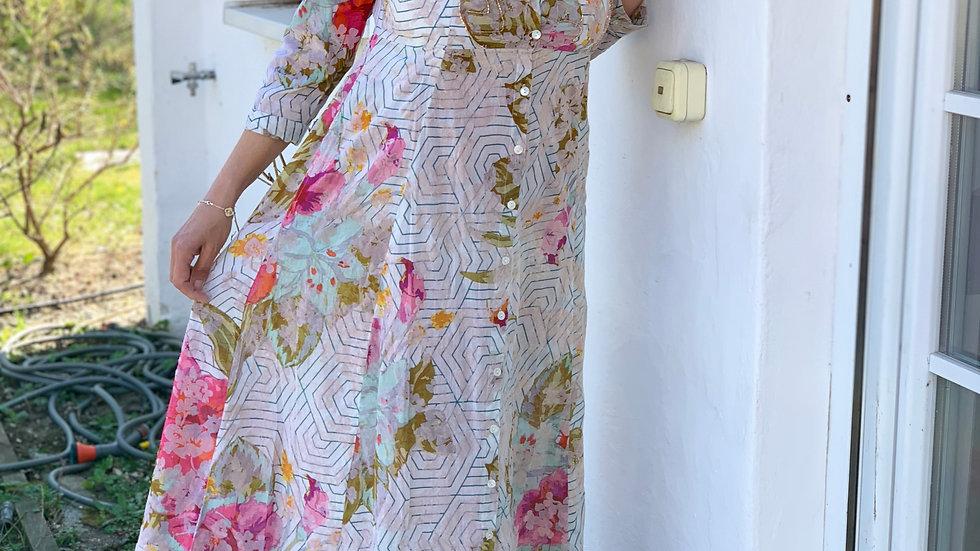 Sommerkleid aus Baumwolle mit Stick