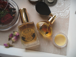Personal perfumes, scent marketing and the first lie in history