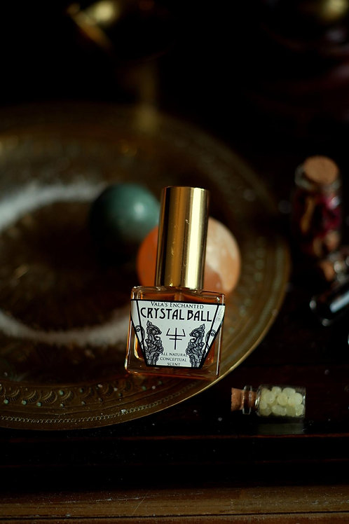 Crystal Ball • Black currant blossom, Spinach, Frankincense