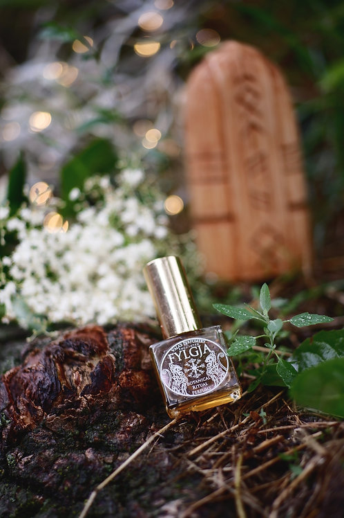 Fylgja - Natural Ritual Perfume - Musky sweet perfume with spicy notes •