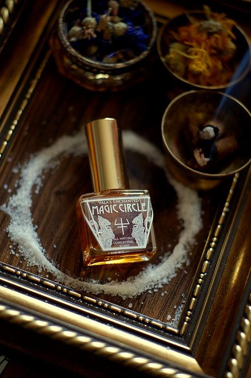 Magic circle • Styrax tonkinensis, Henna, Frangipani