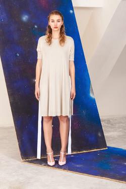 Hedvábné šaty Marcela Krizova
