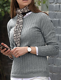 Women's cable knit jumper