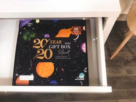 2020 YEAR , GIFT BOX ❤️✨