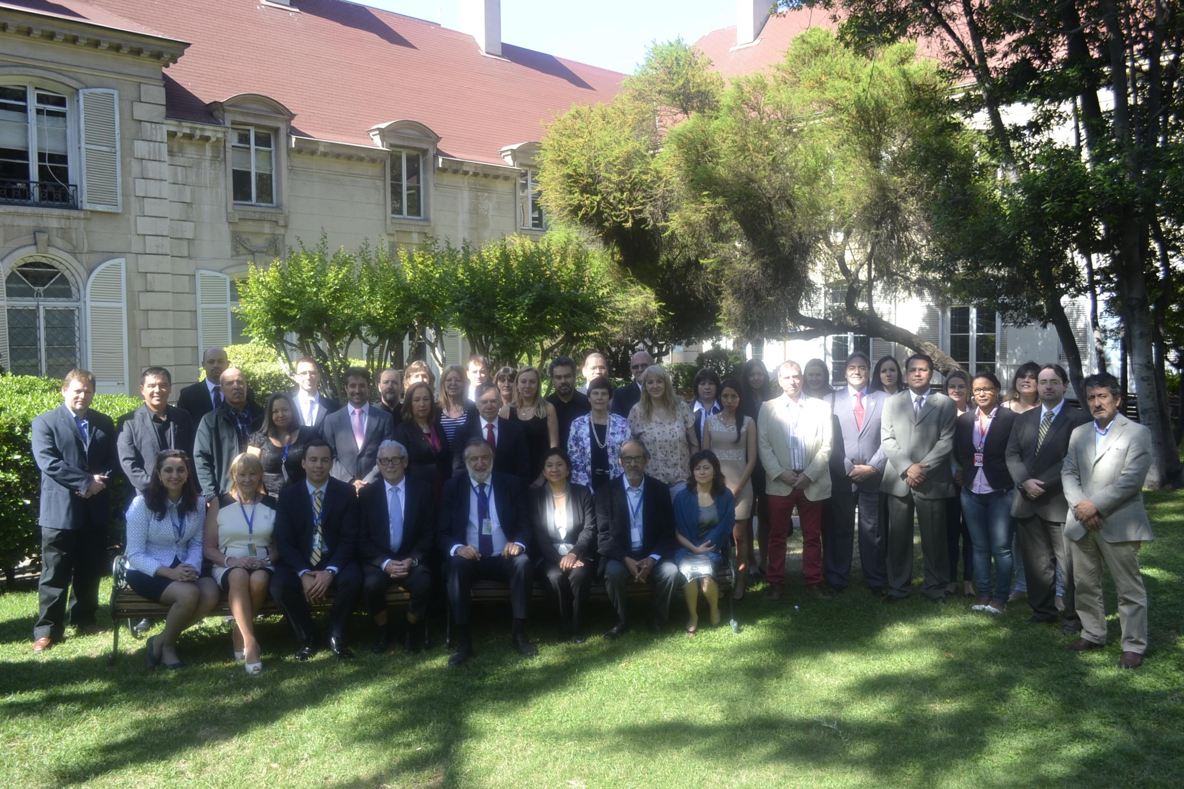 Foto Oficial Jardim da Universidad Finis Terrae_Santiago_Chile