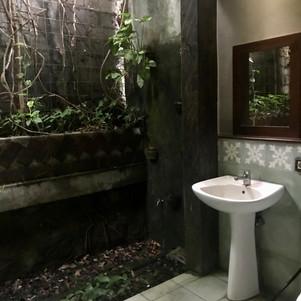 ensuite Bathroom Balinese