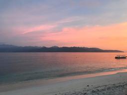 Beautiful Sunsets Gili T