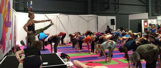 kathy ran om yoga show