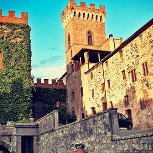 Castello-legg.jpg