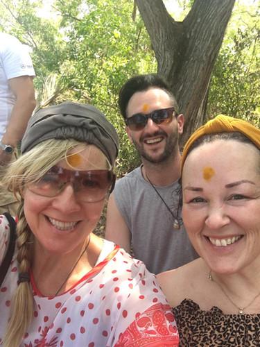 yogi selfies