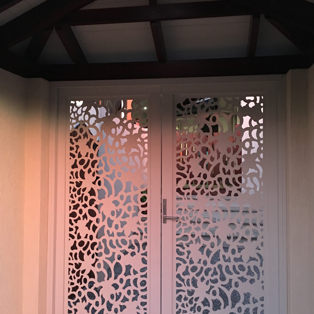 Screenart double entry gates