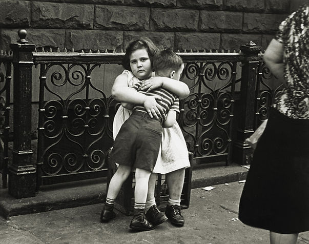 NY-photo-by-Helen-Levitt-1939.jpg