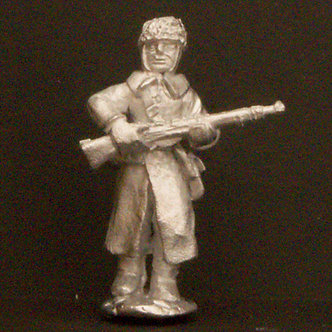 WWR 58   Infantryman advancing with rifle, wearing fur cap and greatcoat