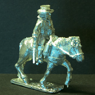 GRC 72	 Cavalry officer, wearing cuirass