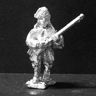 GRE11Grenadier, wearing fur cap, advancing