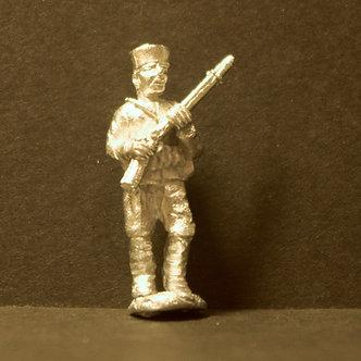 TII 58 Matchlock man, advancing, porte arms