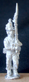 WAA 207 Infantry marching, supported musket, 1813 shako, roundabout