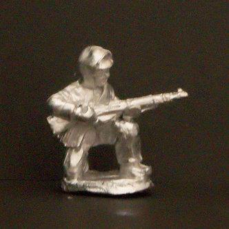 WWF 6     Infantryman, kneeling holding rifle, wearing snowsuit