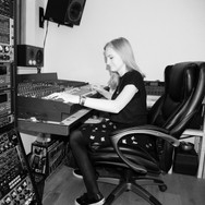 solo artist tryin' a hand at mixing
