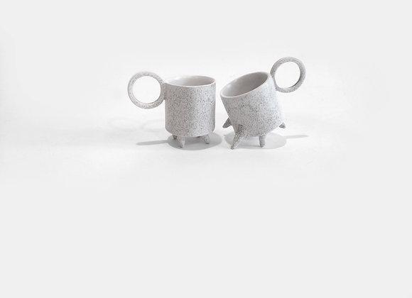 bėgantys puodeliai #1