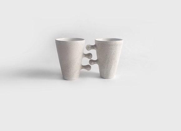 apsikabinę puodeliai /didesni