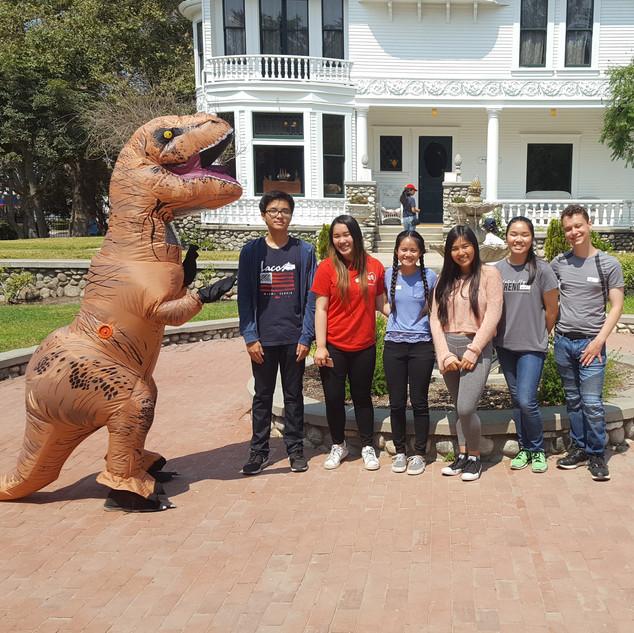 20180715_Dino_Volunteers.jpg