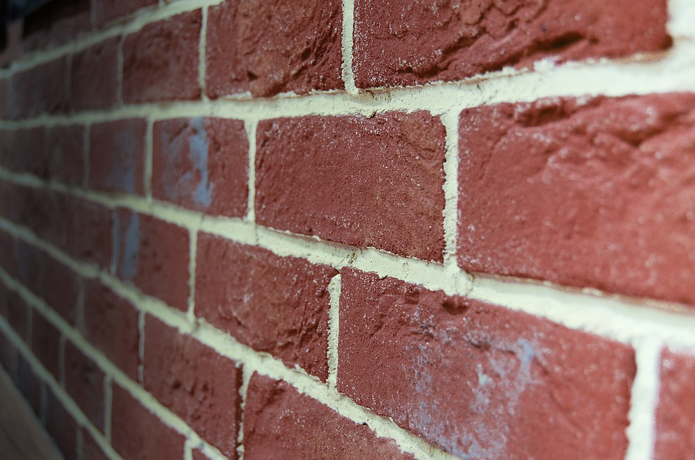 brick-428585_1280.jpg