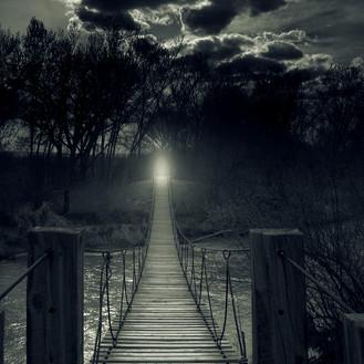 Pontes desfeitas