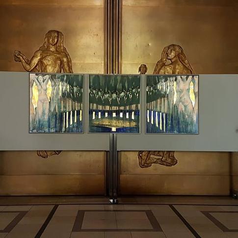 Falaises dans le Hall de La Mésiricorde