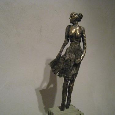 Femme à la robe